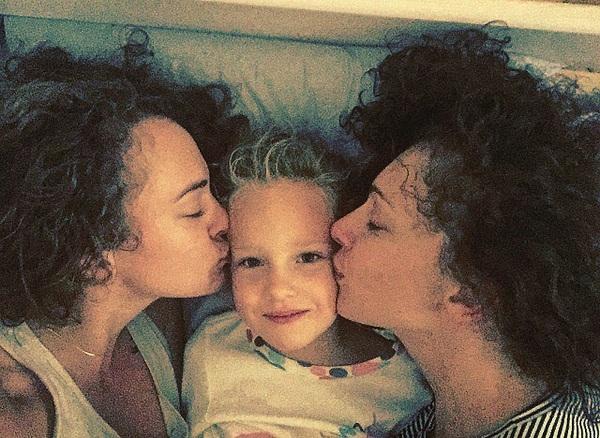 Жена Юрия Колокольникова с детьми фото