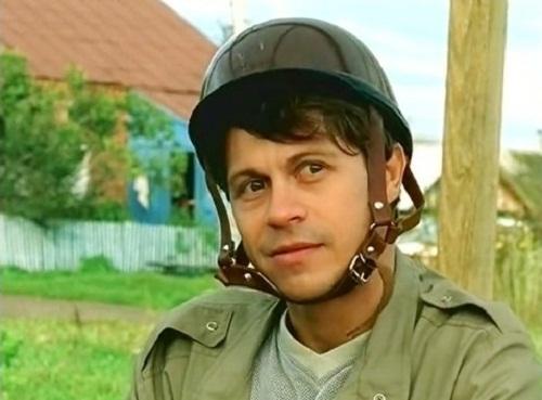 Актер Павел Деревянко фото