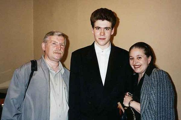 Денис Мацуев с родителями фото