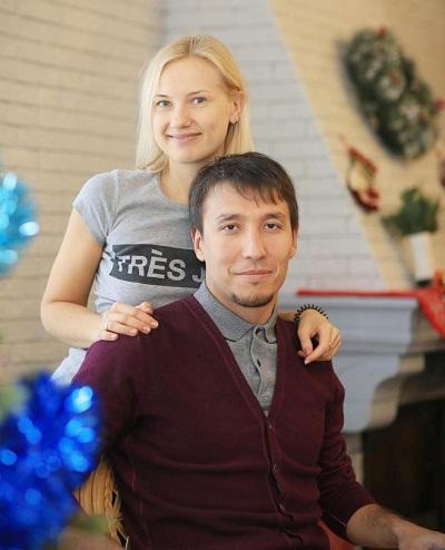 Дмитрий Абзалов с женой Ириной Плащёвой