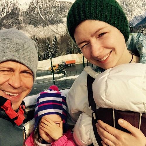 Павел Деревянко с женой фото