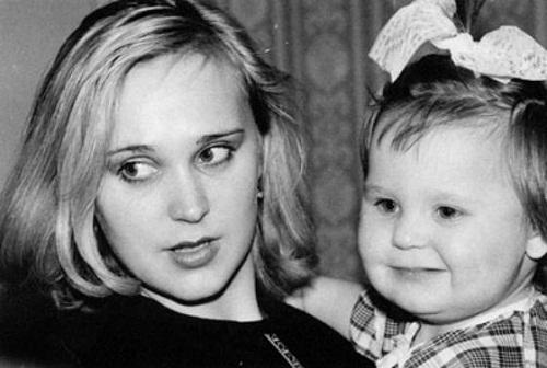 Пелагея в детстве с мамой фото