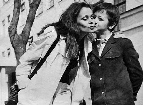 Алексей Макаров со своей мамой фото