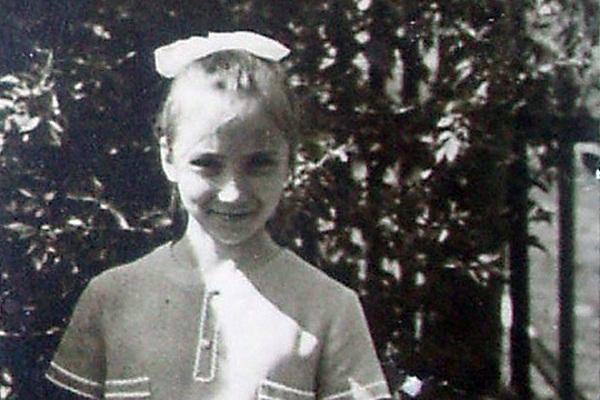 Маша Распутина в детстве