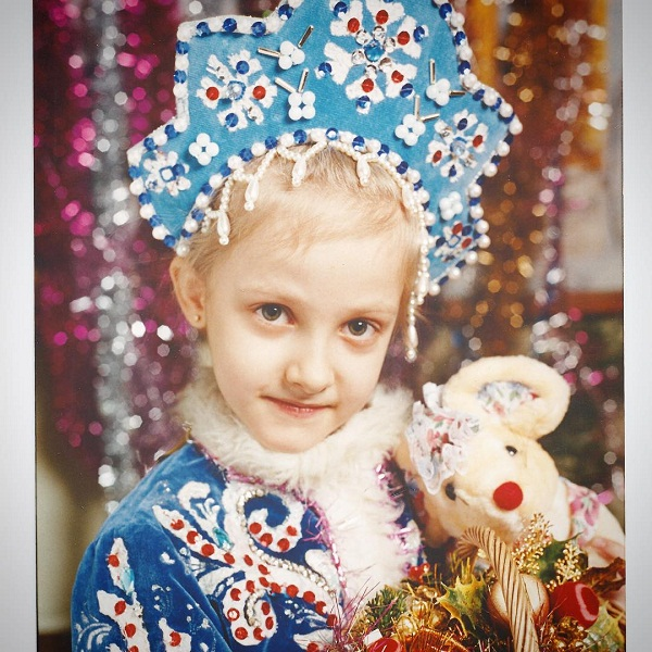 Полина Максимова в детстве фото
